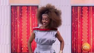 ኤልሳ ንጉሴ የኦሮምኛ ሙዚቃዋን በእሁድን በኢቢኤስ/Sunday With EBS Elsa Niguse Oromegna Music Live Performance