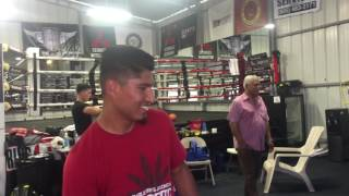 mikey garcia invites childhood friend to camp for a visit EsNews Boxing
