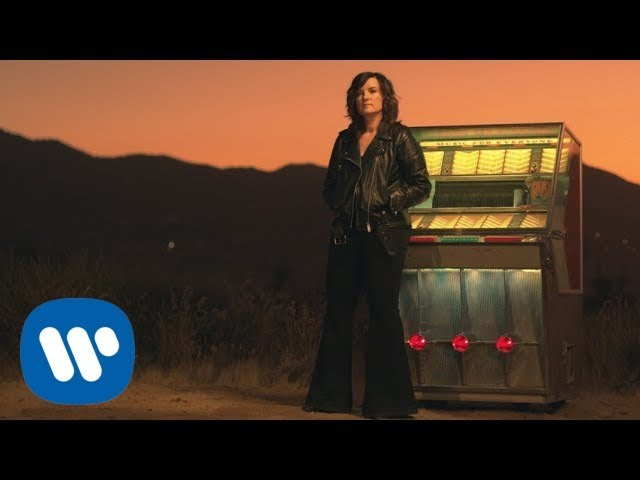 "Brandy Clark - ""Who You Thought I Was""のOfficial Lyric Videoを公開 新譜「Your Life Is A Record」2020年3月6日発売予定 thm Music info Clip"