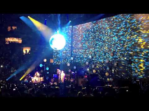 The Black Keys - Madison Square Garden 2012 thumbnail