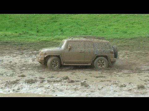 FJ & Hummer Mudding