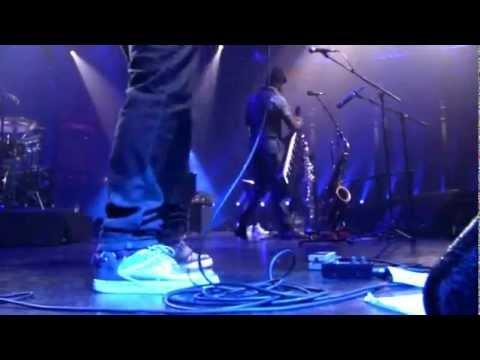 Robert Glasper Experiment LIVE at Itunes Festival - 2012 - Part 2/4