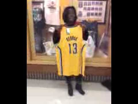 SmarTravel winner Kimberly Maxey Autographed Paul George Jersey Indiana Pacers 1.9.15