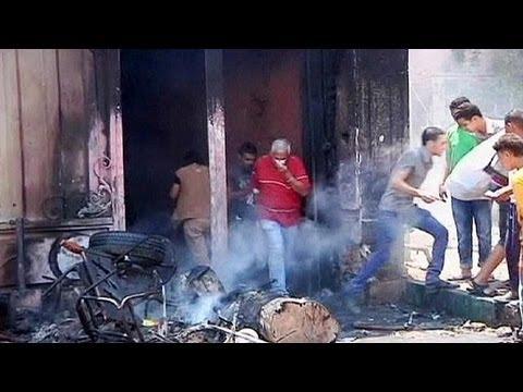 Scontri al Cairo, appelli alla pace e nuove milizie
