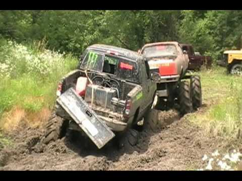 Mudding at Kirby's Barnyard Boggers 4th of July weekend Fun Part 1