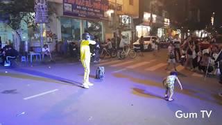 Truyền nhân nhí Khá Bảnh - Bé múa quạt cực NGẦU - Cosplay Pubg - Phố đi bộ Lào Cai