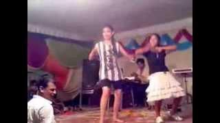 Bhojpuri Orchestra Dance!