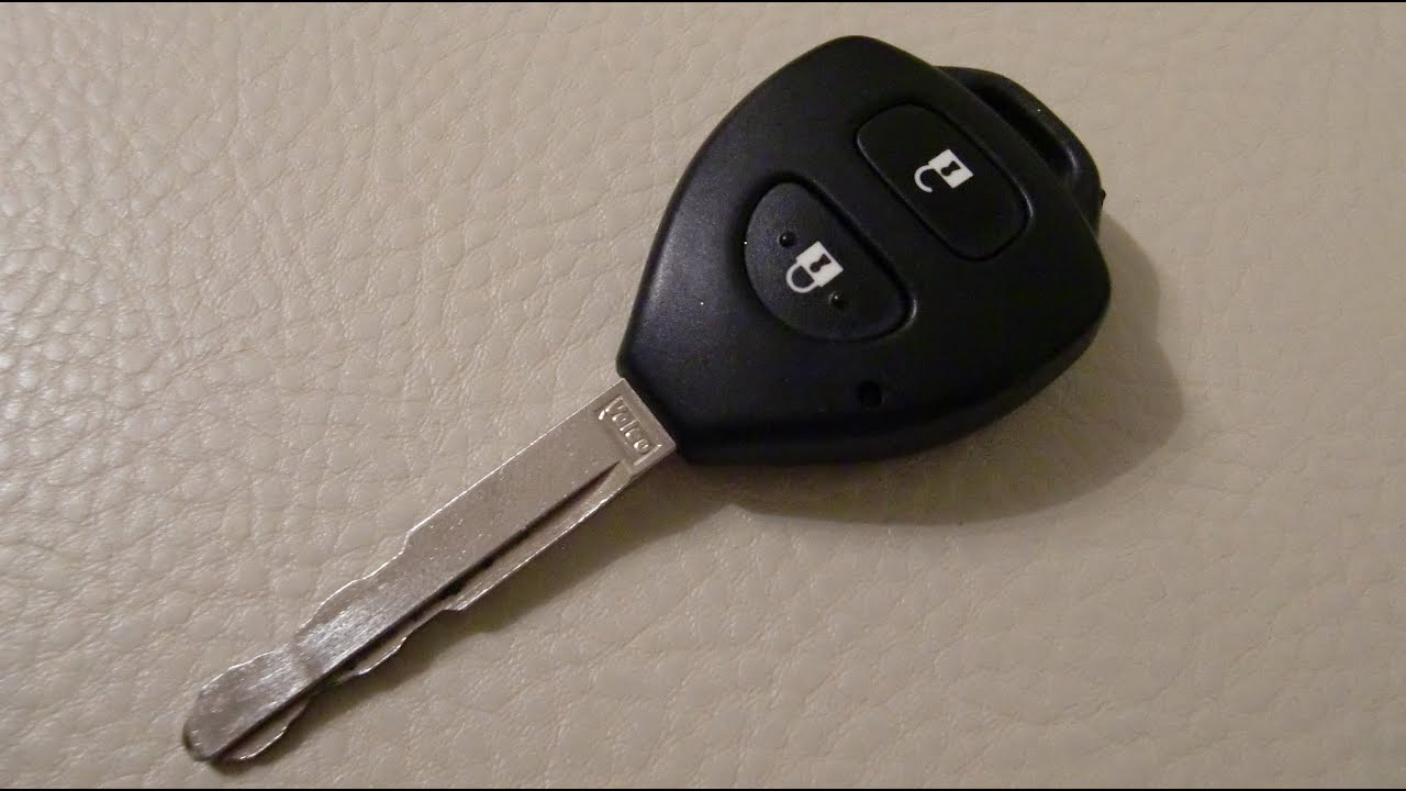 how to replace the toyota key fob remote battery youtube autos post. Black Bedroom Furniture Sets. Home Design Ideas