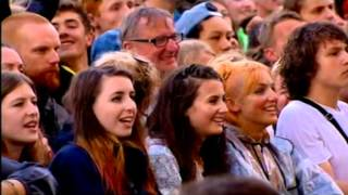 Lily Allen :sings hard out here live awesome performance glasto 2014