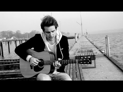 AVICII feat. Audra Mae - Addicted To You (Official Music Video...