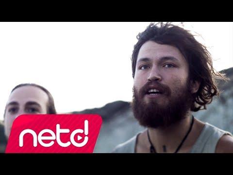Egecan Türkoğlu - Yürüyorum Ben