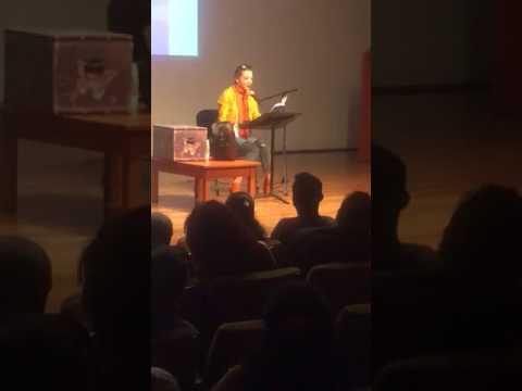 Edith González Lectura en voz alta📚📖del siglo XX Ernest Hemingway📚📖