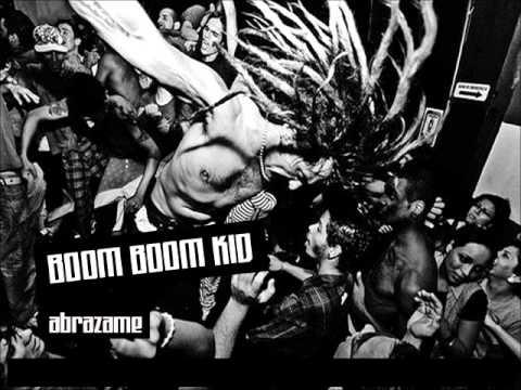 Boom Boom Kid - Abrazame