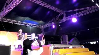Ras Kuuku performs at MTN Pulse Turnup Concert