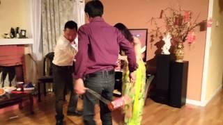 Tet 2016 Hoa & Quynh hai loc nam con Khi