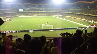 Kerala Blasters Iain Hume free kick miss goal vs Bengaluru FC