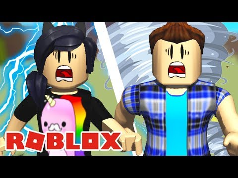 RAIOS E TORNADOS?! - Roblox (Ultimate Disaster Survival) thumbnail