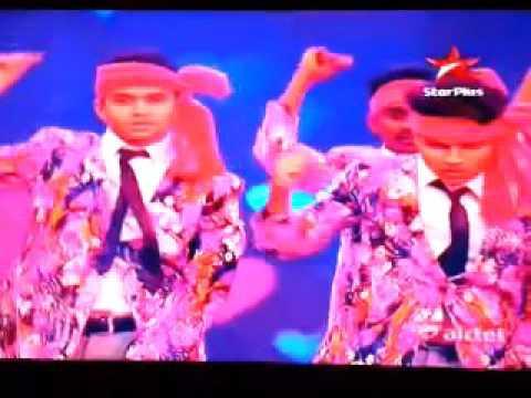 13.13 Crew Performance in Dance Plus Lollipop Lagelu Song