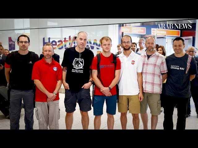 UK divers who helped rescue Thai boys return home