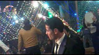 صدى البلد | شاهد.. نجما الزمالك والأهلي يرقصان «على العجلة» فى حفل زفاف شقيقهما