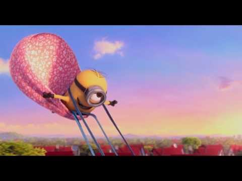 Despicable me 2 funny part:running behind a car (HD)