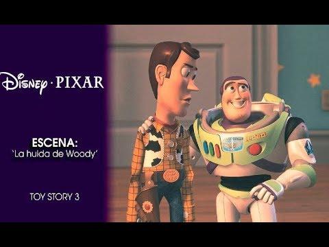 Disney Pixar España | Escena Toy Story 3 Woody en el baño