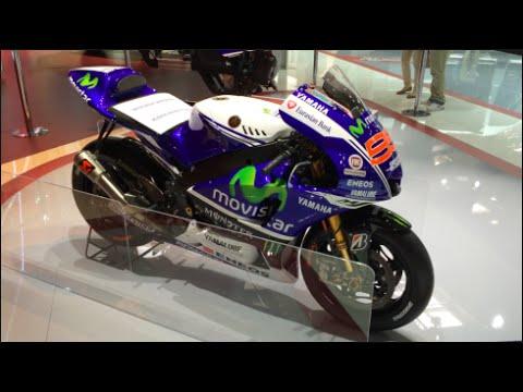 Movistar Yamaha YZR-M1 - MotoGP 2014 In detail review walkaround Interior Exterior