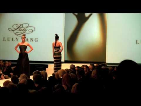 Sexy Runway Models Pt4 (hd) video