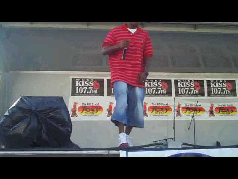 LOUIS TREES PERFORMIN@ THE CUMBERLAND COUNTY FAIR..