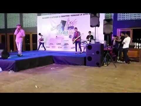 mBakoy Band Feat Naim SAFE - Aku Tak Bisa