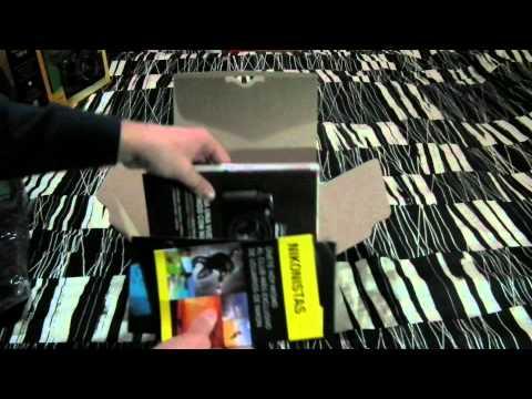Unboxing Nikon D3100