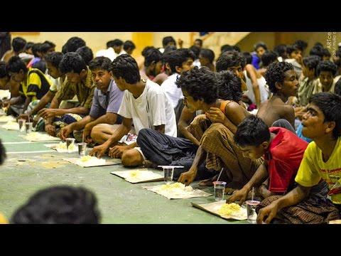 Imigran Myanmar di GOR Lhoksukon, Aceh Utara - Aceh