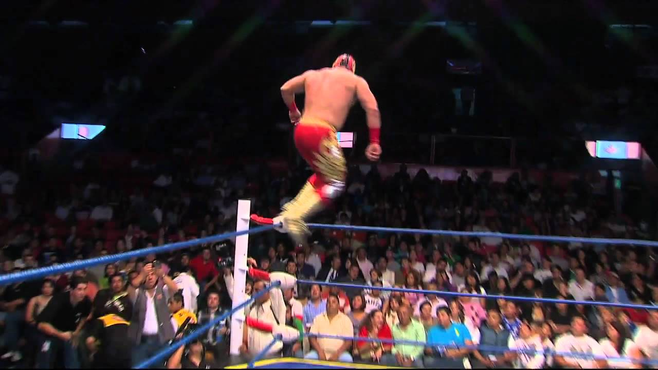 Acciones espectaculares de Lucha Libre Mexicana 01 - YouTube