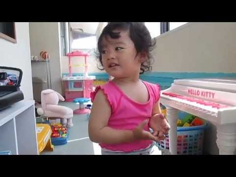Tarabaji lai lai Nepali bal geet  nepali children song  With lovely baby 771玲奈