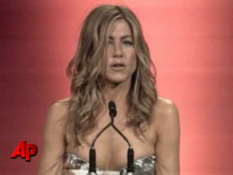 Aniston Takes a Jab Ex-husband Pitt