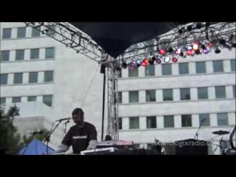 280500 - Detroit Electronic Music Festival 2000 - Kenny Dixon Junior  - Main Stage
