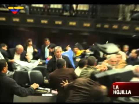Pelea en la Asamblea Nacional de Venezuela 2013 (Harlem Shake)