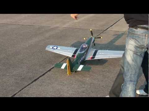 RC MUSTANG P-51 Crash.MP4