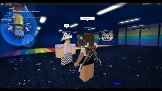 ROBLOX - HANGING WITH MY FRIENDS