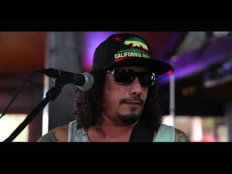 InDaSkies- Gator (Live Performance Video)
