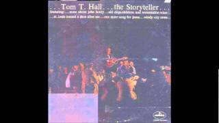 Watch Tom T. Hall Story Of Your Life Is In Your Face video
