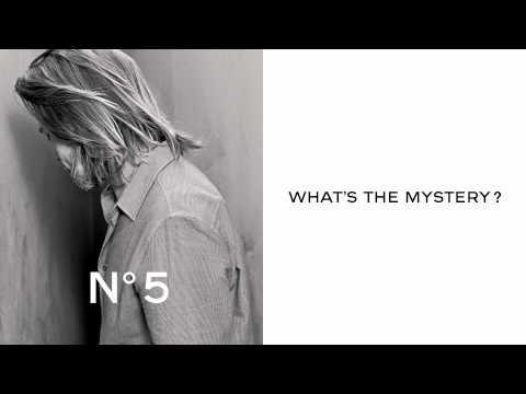 Brad Pitt voor Chanel No.5 Teaser - Mystery?