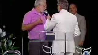 Benny Hinn - Look what the Lord does to this man .