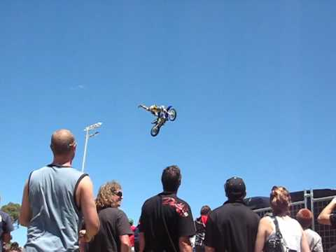 Freestyle Moto X 360 flips Perth