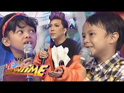 It's Showtime: English speaking showdown with Vice, Awra, & Onyok