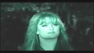 Watch Wynonna Judd Sing video