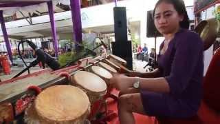 Download Lagu Sinta Simamora dalam Pesta MBO dan Mangompoi Gereja HKBP Serpong (II) Gratis STAFABAND