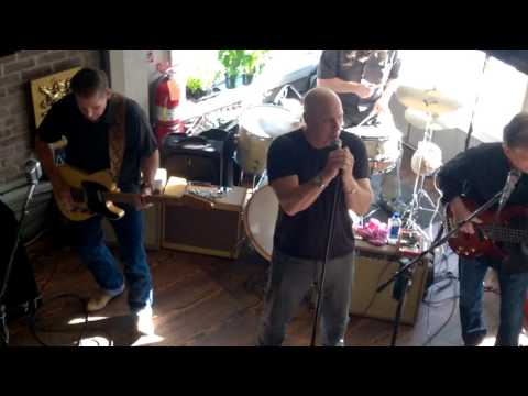 Foxxy Lady - The Vipers @ Dirty Water Pub, Bristol, RI 5.22.16