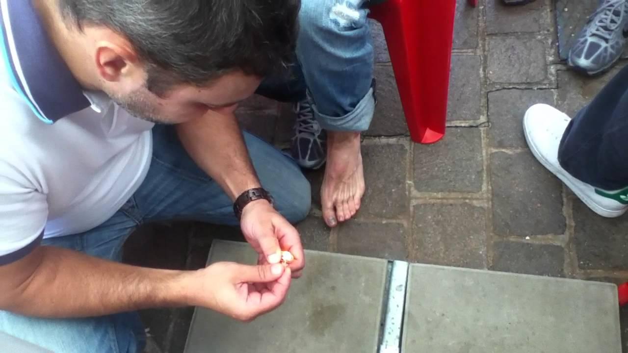 Unguento di tetracycline a un fungo di piede