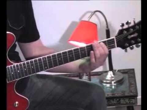 Easy Harmonic Minor Licks Over E7b9 - Jazz Guitar Lesson On Licks